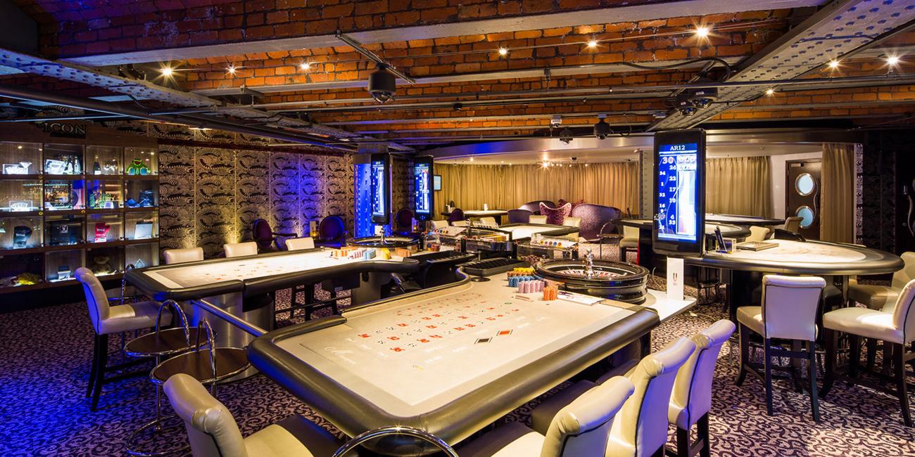 Casino 235 london play airplane slot machine online